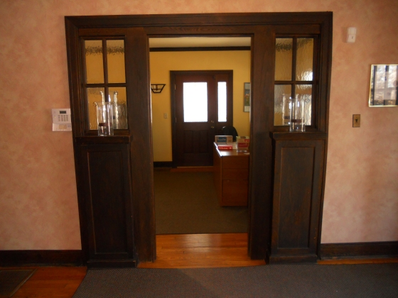 entry-foyer-to-living-room