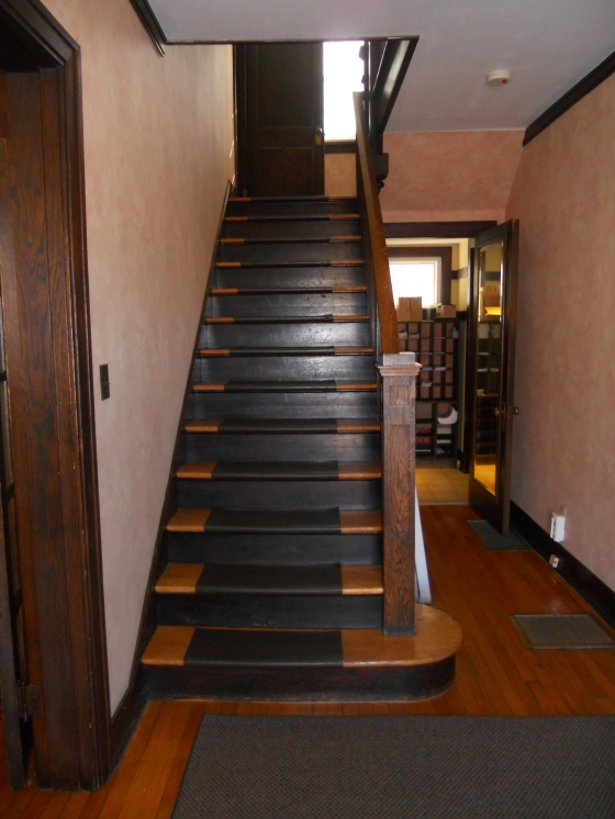 foyer-to-second-floor